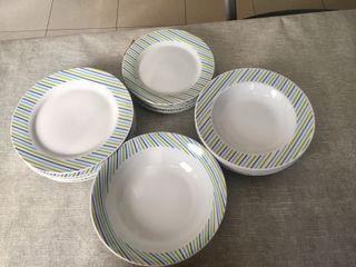 Vajilla porcelana 19 piezas Royal Norkfold nueva