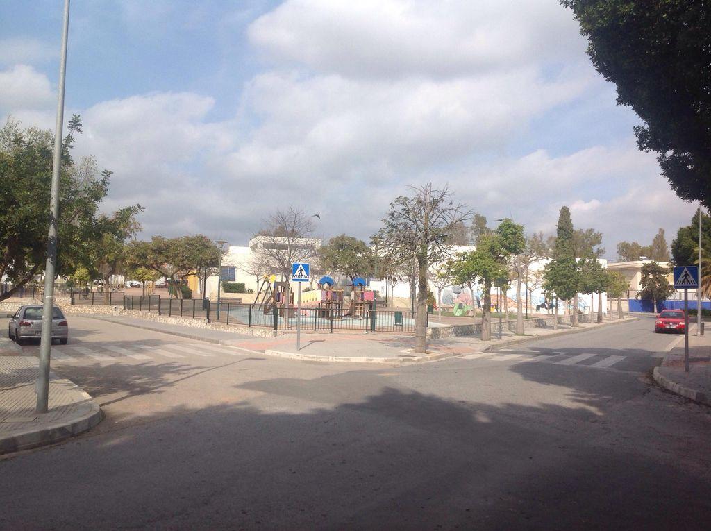 ALQUILO APARTAMENTO EN SANTA ROSALIA (Santa Rosalía, Málaga)