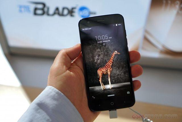 smartphone zte con lector huellas