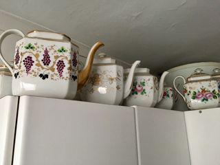 Colección de 11 teteras o cafeteras