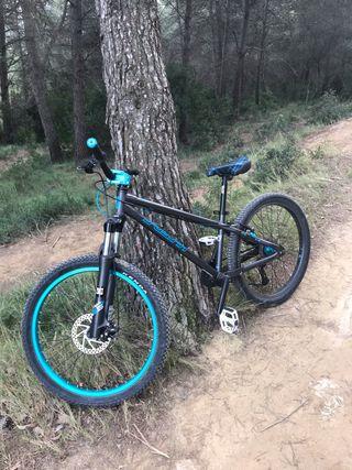 Bicicleta dirt btwin subsin