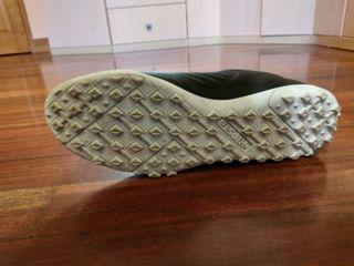 Chaussures foot terrain dur