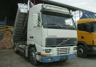 Camion portacontenedor multilift 4x2 volvo