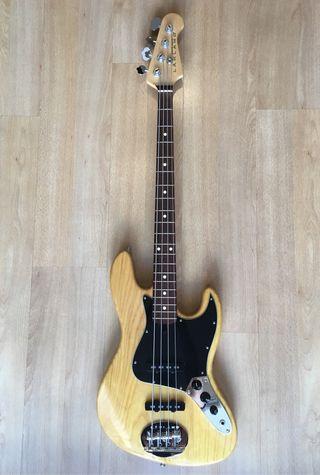 Bajo eléctrico Lakland Skyline Jazz bass 4 cuerdas