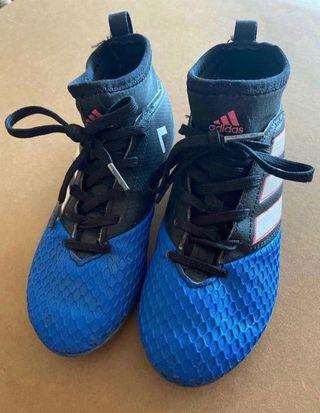 Botas adidas calcetín 32