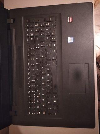 Lenovo V110-17IKB 80V2 - 17,3'' Precio negociable.