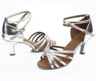 Zapato baile latino talla 37 tacón 7