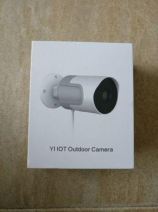 cámara exterior vigilància