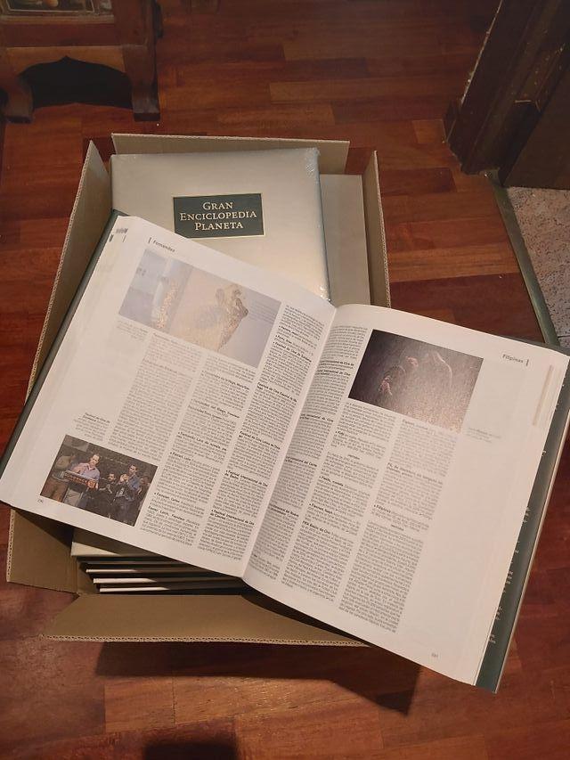 Gran Enciclopedia Planeta 23 tomos