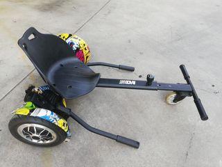 Hoverboard eléctrico con sillín.