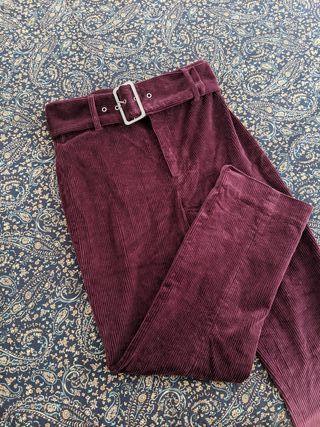 Pantalones pana & Other Stories