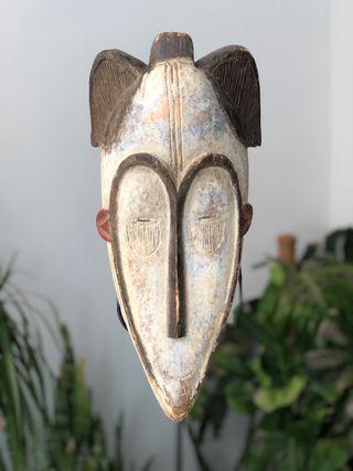 Máscara fang