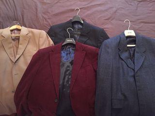 Americanas, trajes y abrigos