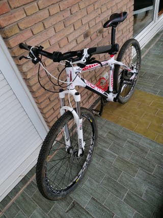 Bicicleta Monty BTT