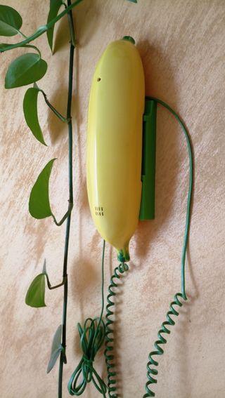 antiguo teléfono plátano