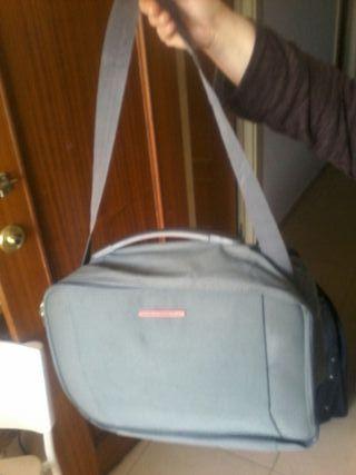 maletin de viaje 698470461