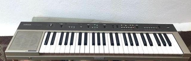 Teclado Sintetizador Yamaha Ps 25