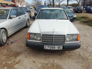 Mercedes-Benz W124 1987
