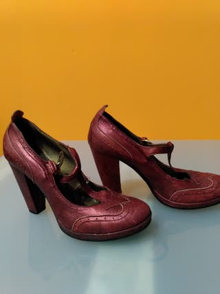 Zapatos de fiesta rojo metalizado