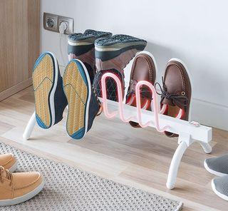 Tendedero eléctrico para calentar calzado