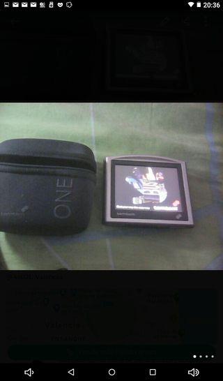 GPS TOM TOM con su funda bateria 2 hs o maz