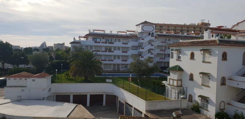 Piso en alquiler (Benalmádena, Málaga)