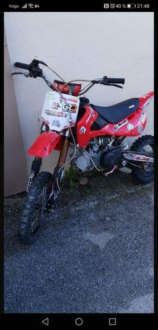 SE VENDE 160 YX (IMR) MODELO X4R