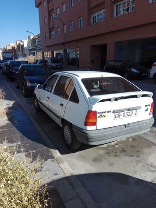 Opel kadett contactar por WhatsApp 636728977 Jose