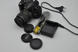 Nikon D3000 12,3 MP objetivo 18-55 DX, 31000 fotos
