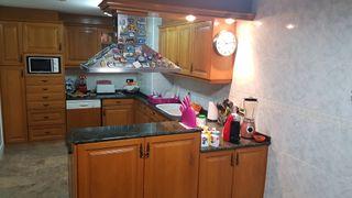 cocina completa en roble , más de 7 mts lineales ,