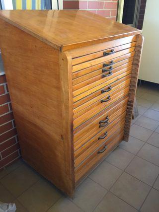 Chivalete mueble imprenta antiguo