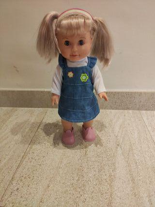 muñeca Laia