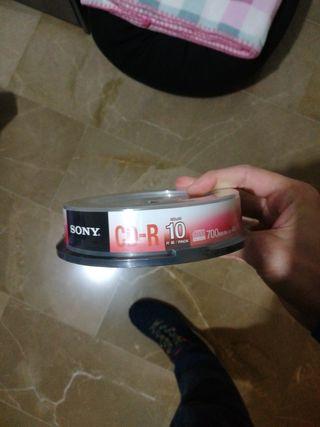 CD vírgenes sin abrir