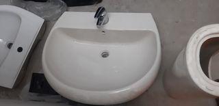 2 lavabos con 3 pies marca gala