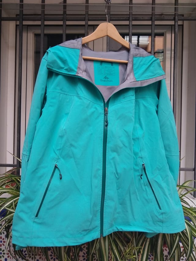 Impermeable senderismo mujer Quechua MH500