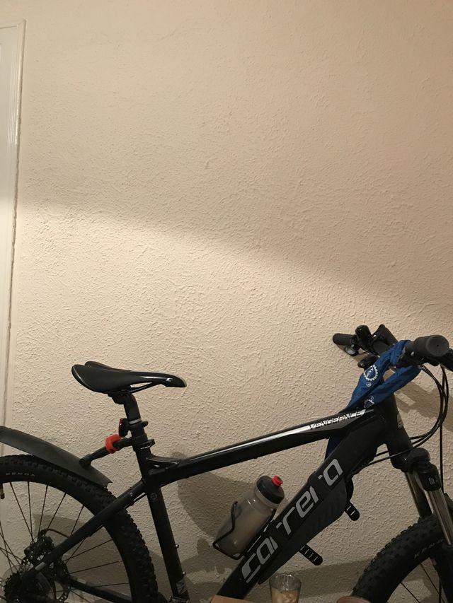 Black Carrera vengeance bike