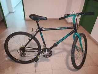 Bicicleta shimano Altus c20.