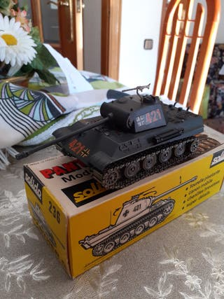 tanque Panther G Solido