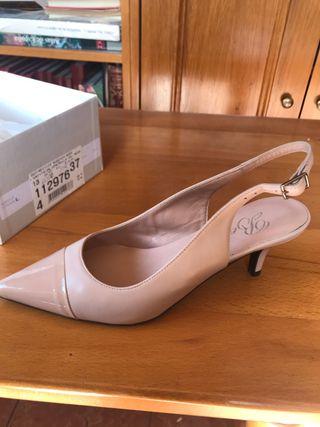 Zapatos piel tacón bajo rosa pastel talla 37