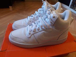 zapatillas Nike court bota blancas nuevas talla 40