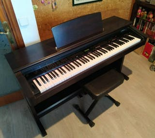 Piano digital ROLAND + banqueta
