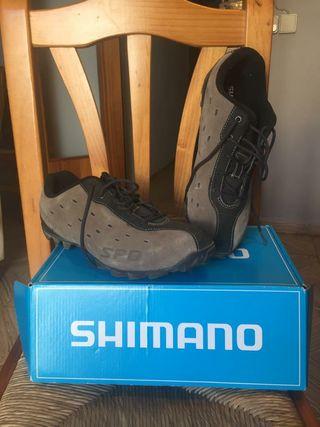 zapatillas de bici de montaña.