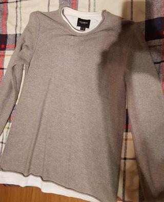 jersey gris efecto camiseta interior blanca