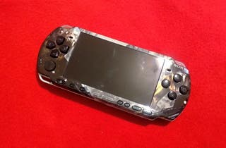 PSP 3000 con juegos