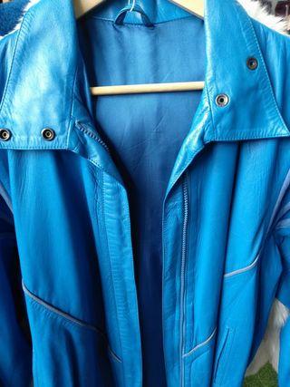 chaqueta piel azul