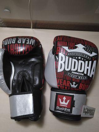 Guantes de Muay Thai Budha sin estrenar