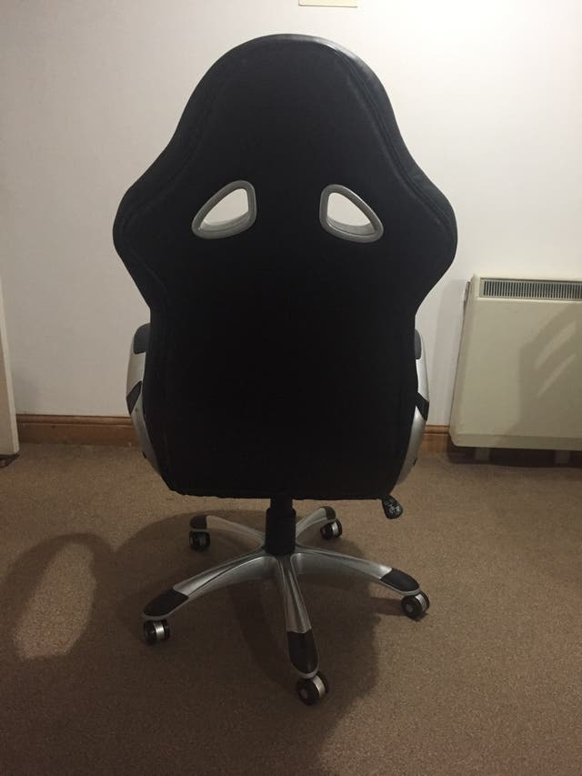 Gaming chair - excellent conditions