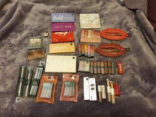 Lote de maquillaje, más de 40 productos por 55€