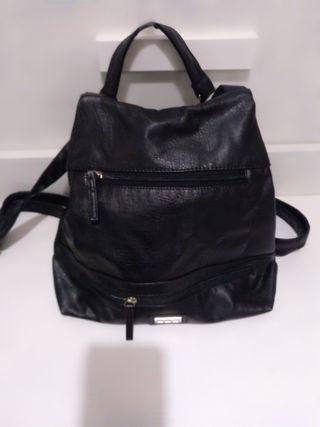 Bolso mochila negra