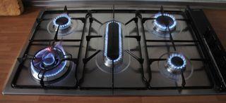 Placa de cocción SMEG de gas natural. 5 quemadores